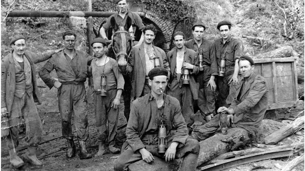 Foto: Milicianos socialistas en Asturias en octubre de 1934