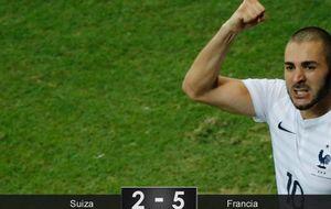 Un excelso Karim Benzema ilumina el prometedor destino de una poderosa Francia