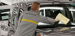 Post de Manifestación en Francia contra el traslado de una planta de Renault