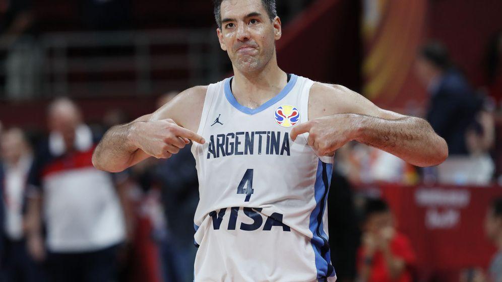Foto: Luis Scola celebra la victoria de Argentina ante Francia en la semifinal del Mundial. (Reuters)