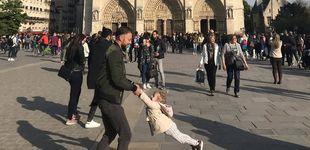 Post de La foto de Notre Dame: internet se lanza a la búsqueda de un padre y su hija