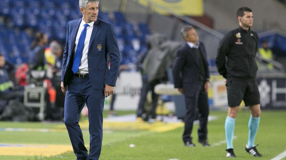 Foto: Quique Setién, durante el partido que disputaron Las Palmas y el Villarreal. (EFE)