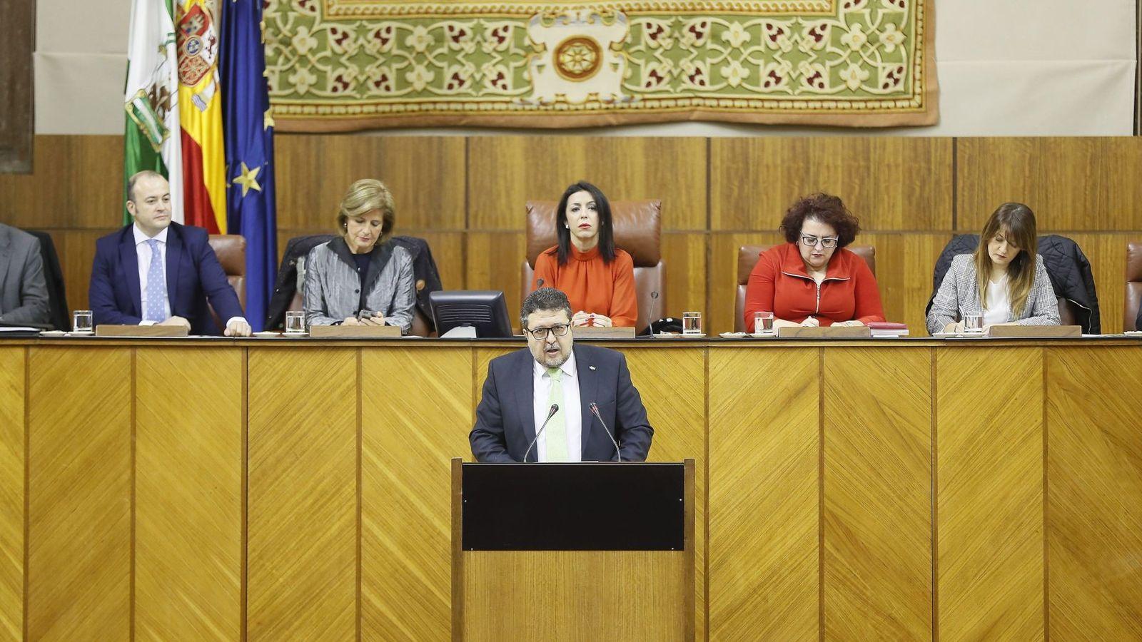 Foto: El portavoz de Vox en el Parlamento de Andalucía, Francisco Serrano. (EFE)