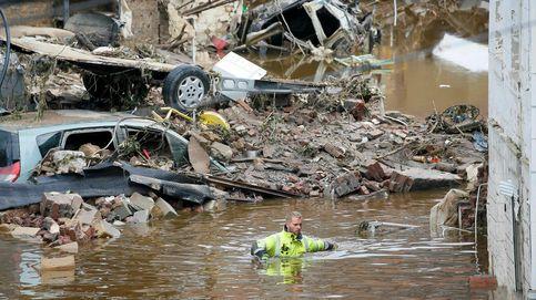 Fuertes inundaciones y festivales: El día en fotos