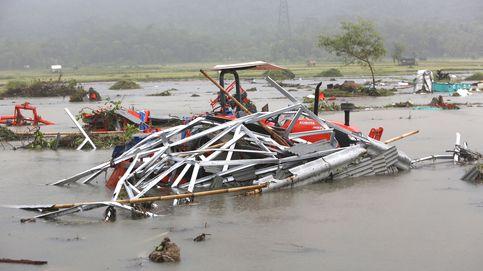 Al menos 429 muertos y más de 1.500 heridos por un tsunami en Indonesia