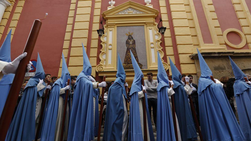 Foto: Procesión de San Esteban este martes. (Reuters)
