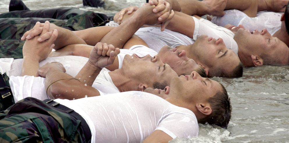Foto: Mark Divine: Muchos SEAL entienden el valor del yoga para el manejo del estrés y la concentración. (Corbis)