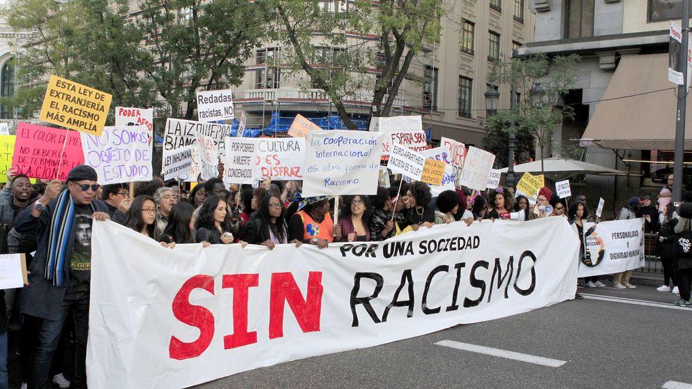 Racismo: Para ser español tendrías que ser de padre y madre española
