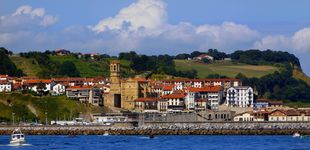 Post de Getaria: pasea junto al mar en el pueblo de Balenciaga y alójate en un caserío con glamour