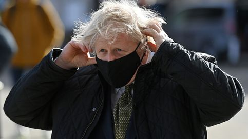 Johnson pide cautela ante la reapertura de los comercios y 'pubs' cerrados desde enero