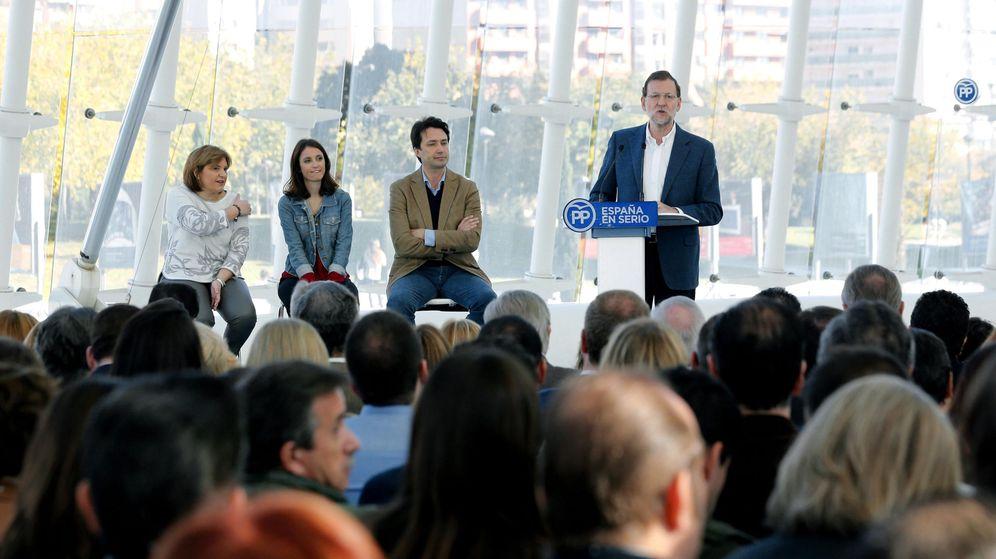 Foto: Mariano Rajoy presenta el programa electoral popular en Valencia. (EFE)