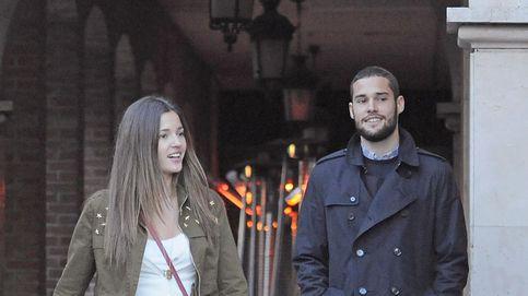 Mario Suárez cuelga una foto en la cama con Malena Costa