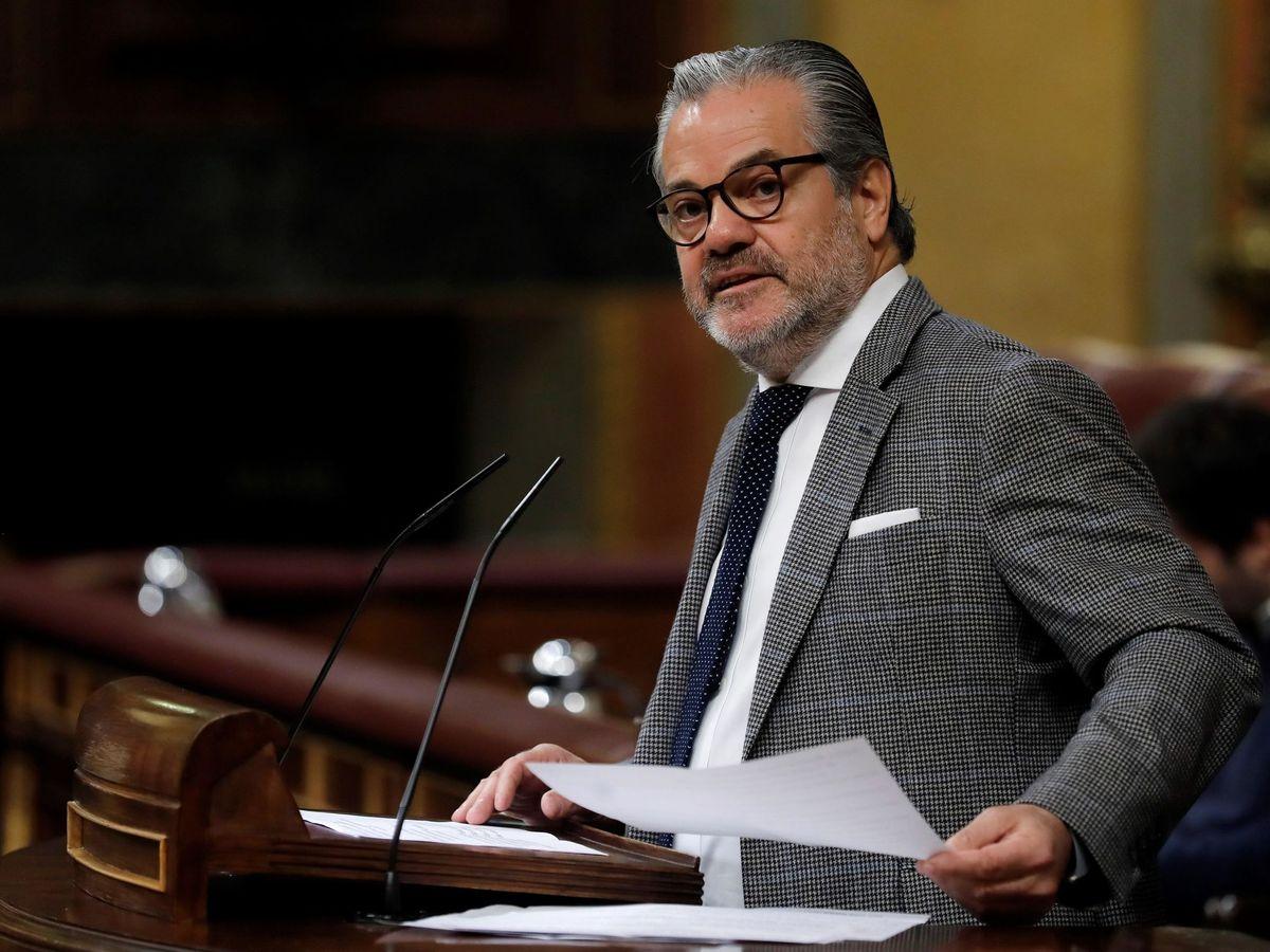 Foto: Marcos de Quinto, en la tribuna del Congreso, durante un pleno en febrero de 2020. (EFE)