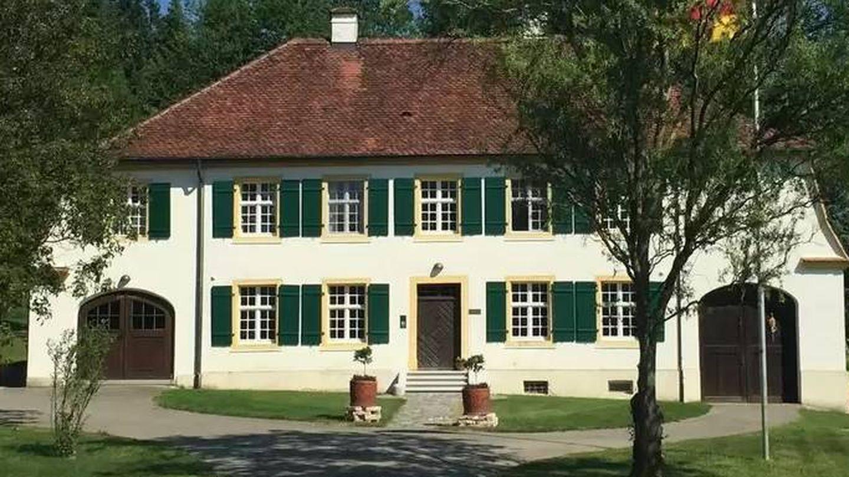 Así es la Fischerhaus Salem, hoy un B&B. (Cortesía Hotels.com)