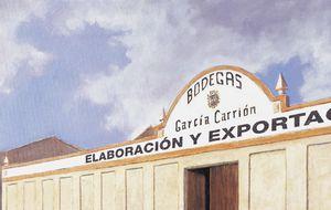 García Carrión pelea con los fondos buitre por comprar su antiguo 26%