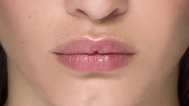 La zona del bigote puede verse más oscurecida por culpa del vello. (Imaxtree)