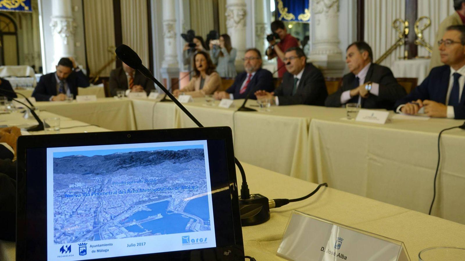 Málaga negocia con Fomento su tercera M-30 para evitar el colapso de tráfico en 10 años