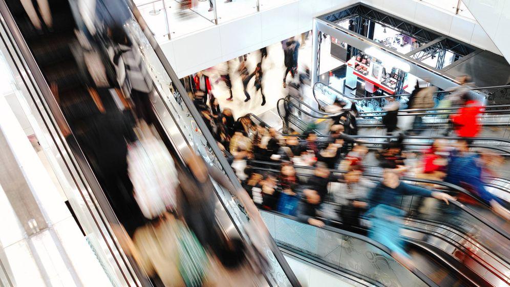 Foto: El lado izquierdo se suele reservar para los que van con prisa. (iStock)