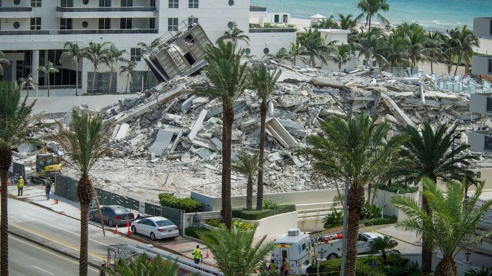 El increíble derrumbe de un edificio en Florida acaba con un herido