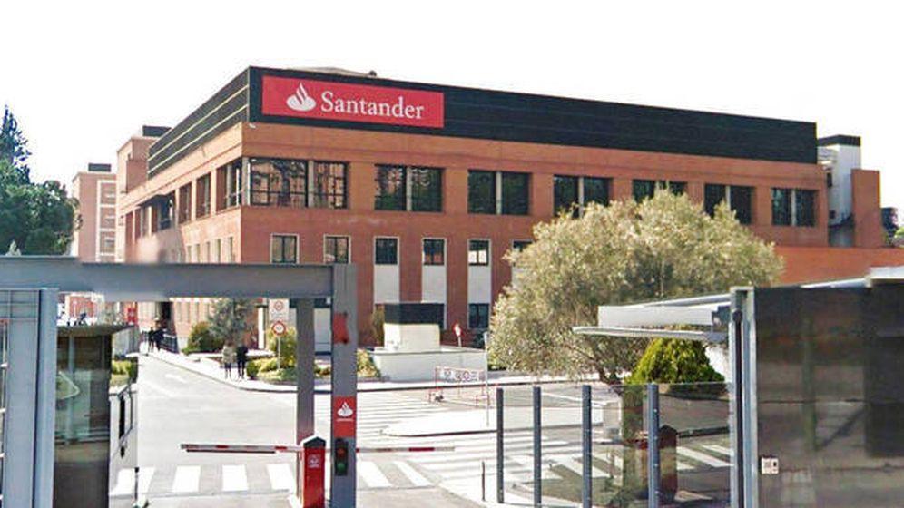 Foto: Antigua sede del Banesto comprada por Acciona al Santander. (EFE)