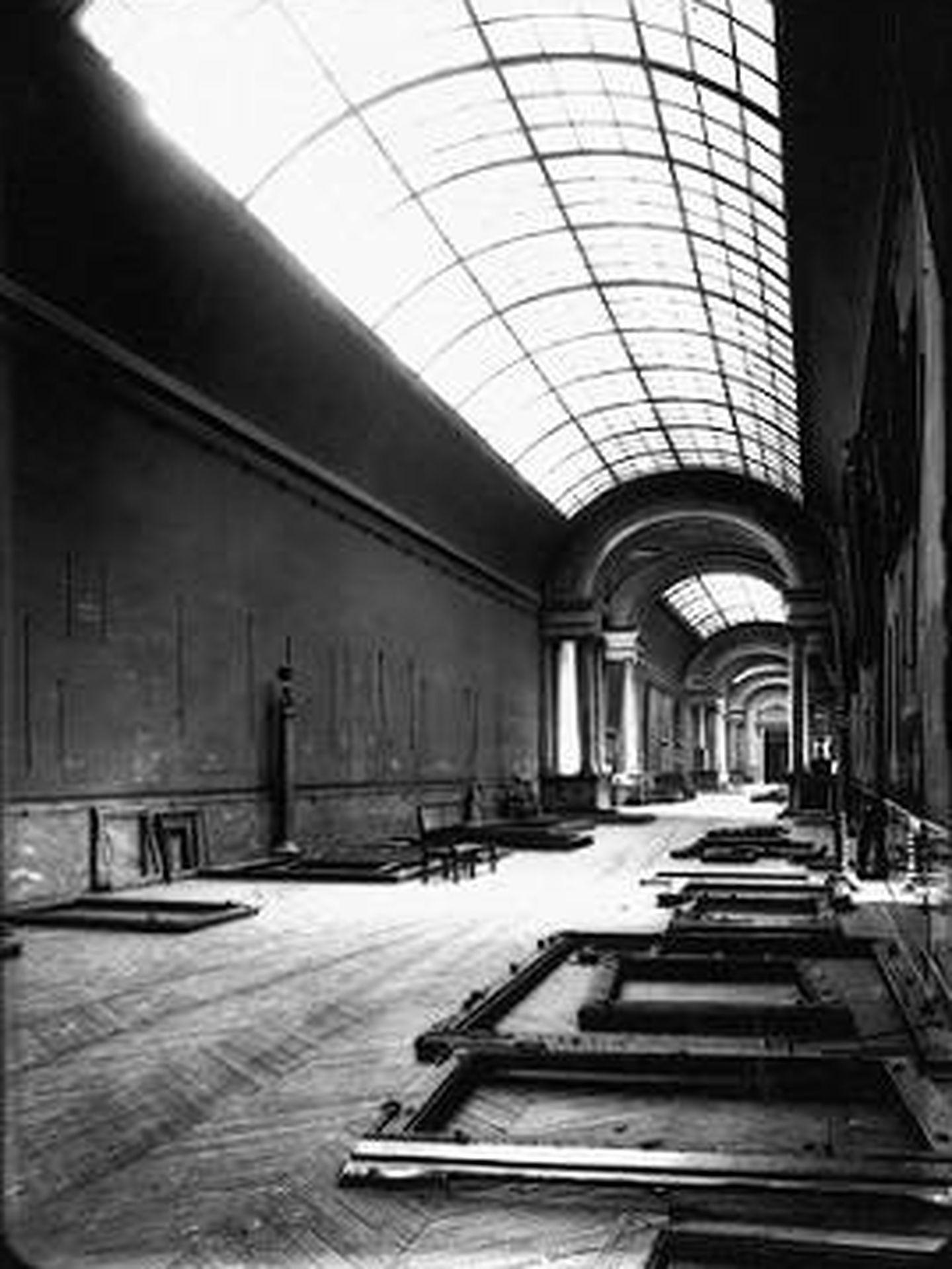 La Grande Gallerie del Louvre en septiembre de 1939. (Wikipedia)
