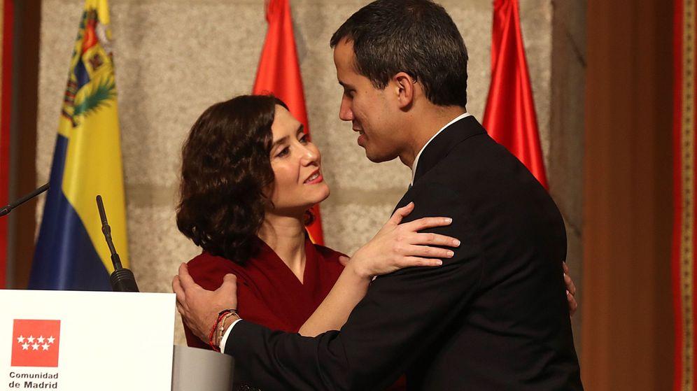 Foto: Ayuso se puso a la cabeza de la recepción a Guaidó como presidente legítimo de Venezuela. (EFE)