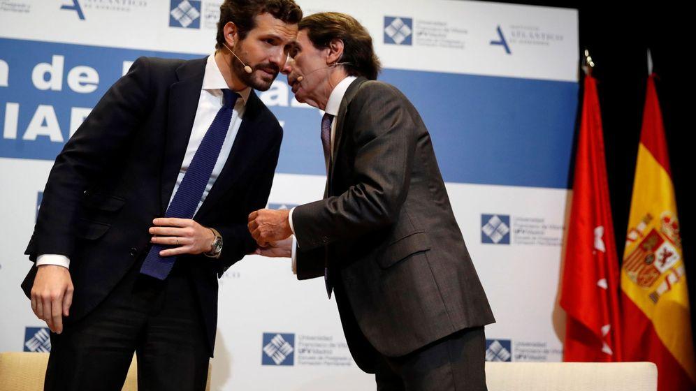 Foto: El presidente del PP, Pablo Casado, y el expresidente José María Aznar. (EFE)