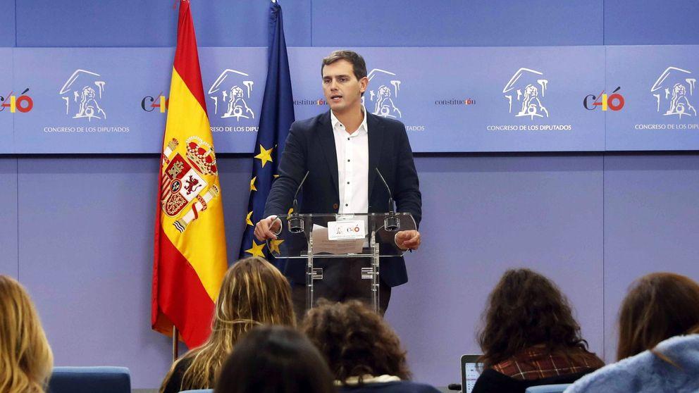 PP y Cs convocan una manifestación el domingo para frenar ya a Sánchez