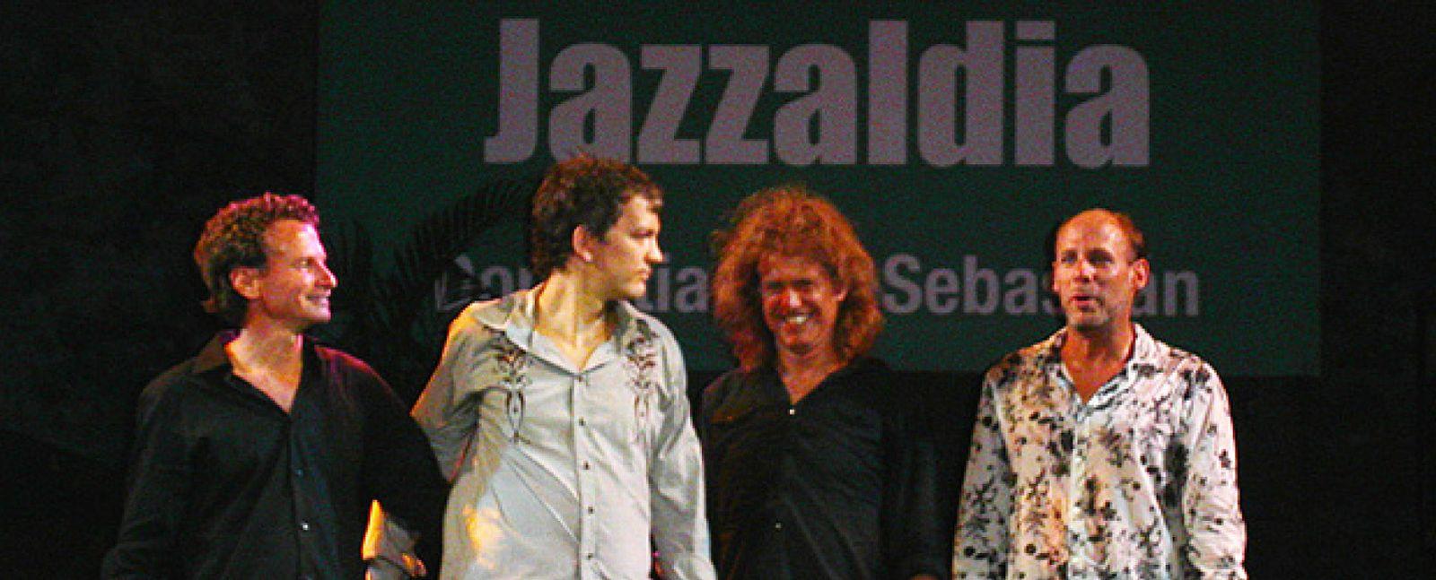 Foto: Elvis Costello, Pat Metheny y Wayne Shorter clausuran el Festival de Jazz de San Sebastián