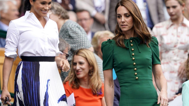 La duquesa de Cambridge y Meghan Markle en Wimbledon. (EFE)