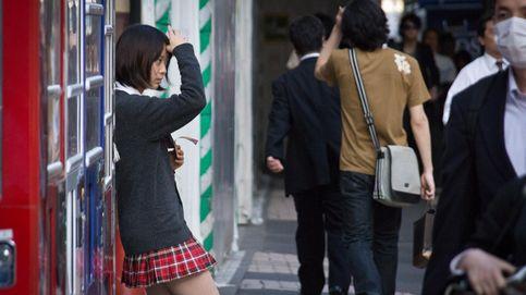 Las colegialas de Japón tienen un lado muy oscuro  (y es una vergüenza)