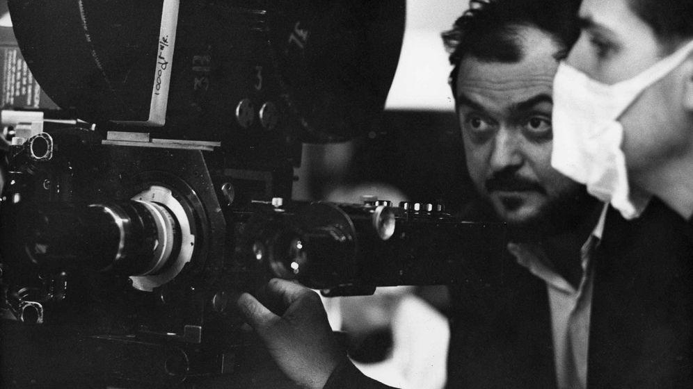 Foto: Stanley Kubrick durante el rodaje de '2001: una odisea en el espacio' en 1968. (Archivo)