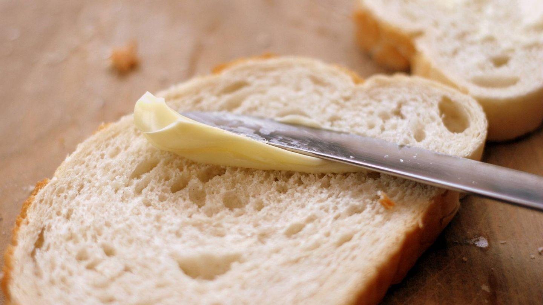 La mantequilla contiene cantidades extra de ácidos grasos saturados.