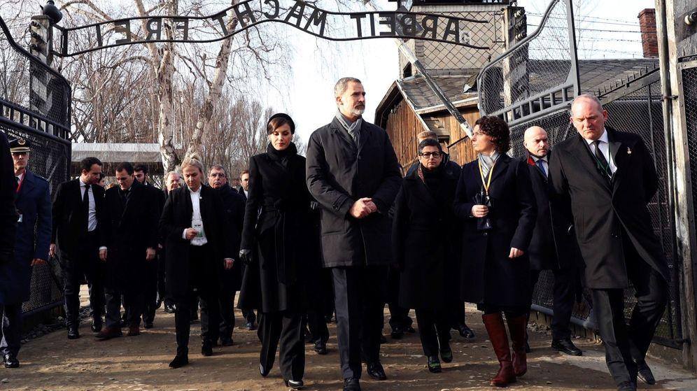 Foto: Los Reyes en Auschwitz. (Efe)