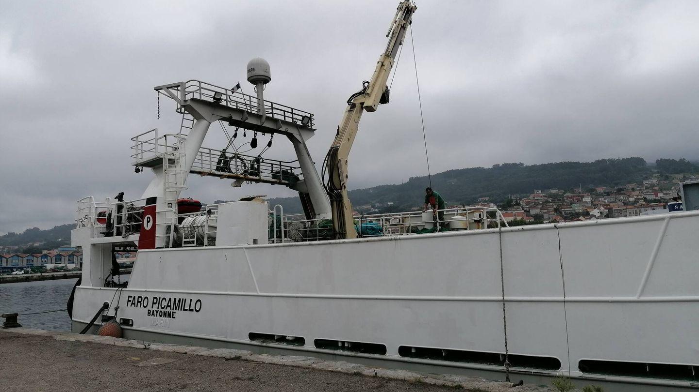 Barco de pesca de arrastre atracado en el puerto de Marín, Pontevedra. (Lino Vargas)