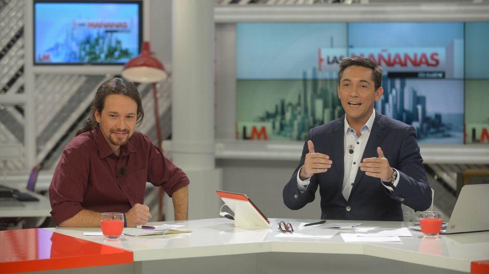 Foto: Pablo Iglesias con Javier Ruiz, en 'Las mañanas de Cuatro'. (Gtres)