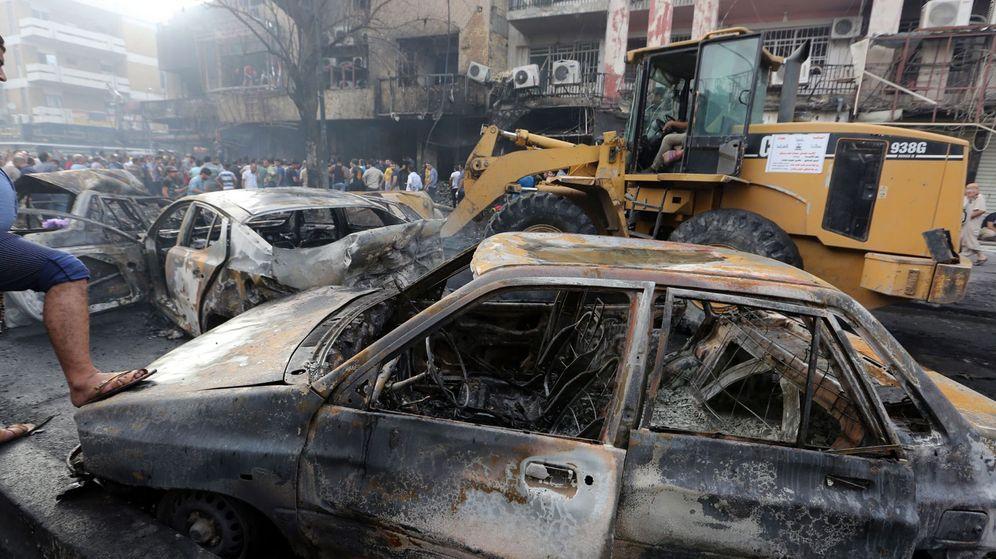 Foto: Escena del centro de Bagdad tras el atentado suicida. (Reuters)
