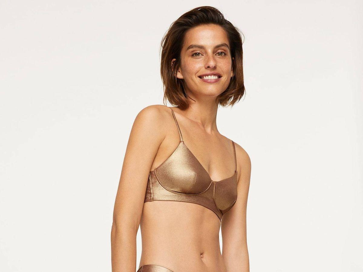 Foto: Bikini dorado de Oysho. (Cortesía)