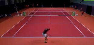 Post de Un tenista español, descalificado de un torneo por jugar con pantalones rotos