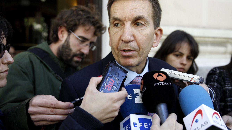 Moix renueva al fiscal responsable del caso Lezo en plena 'guerra' de fiscales