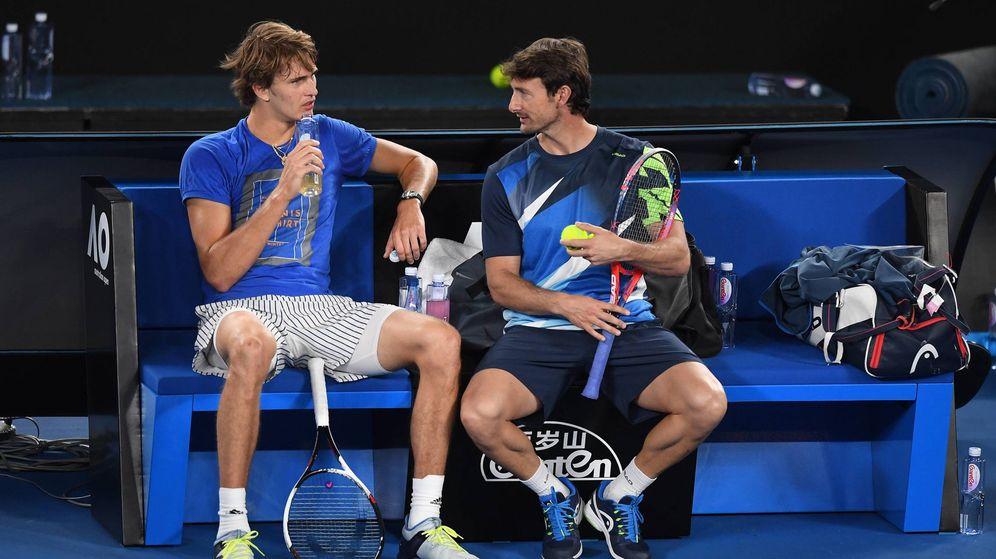Foto: Alexander Zverev y Juan Carlos Ferrero rompieron su relación tras el Open de Australia. (Imago)