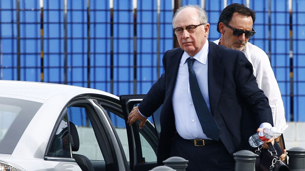 Foto: El expresidente de Bankia a la entrada del juicio. (Efe)