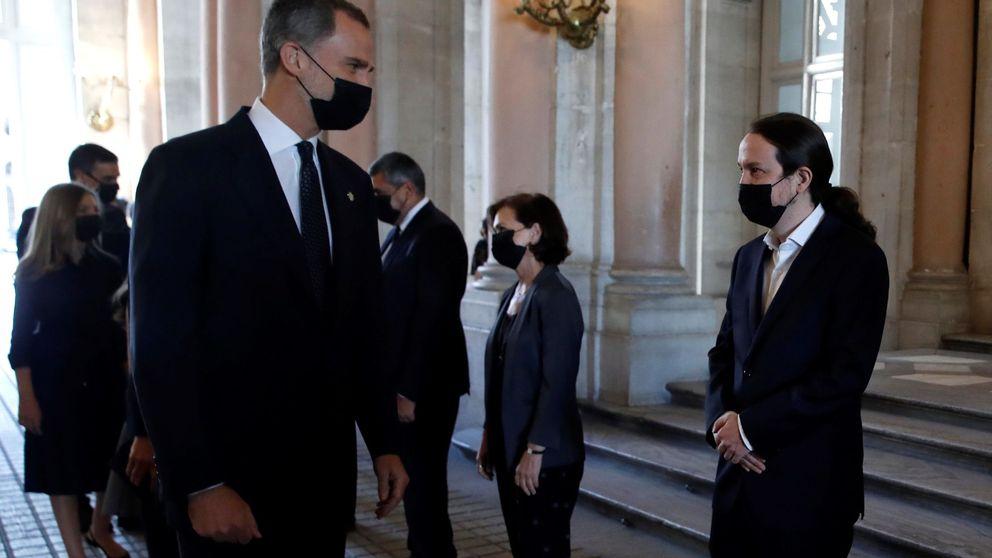 Podemos reprocha al PSOE proteger al Rey del CIS