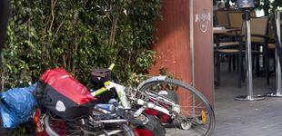 Post de Una conductora atropella a un ciclista y le arrastra durante 20 metros en Gijón