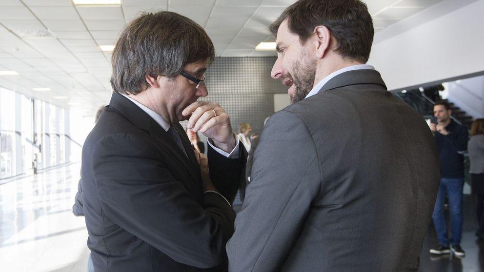 Puigdemont y Comín votan en el Parlament pese al anuncio de Cs de recurrir al TC