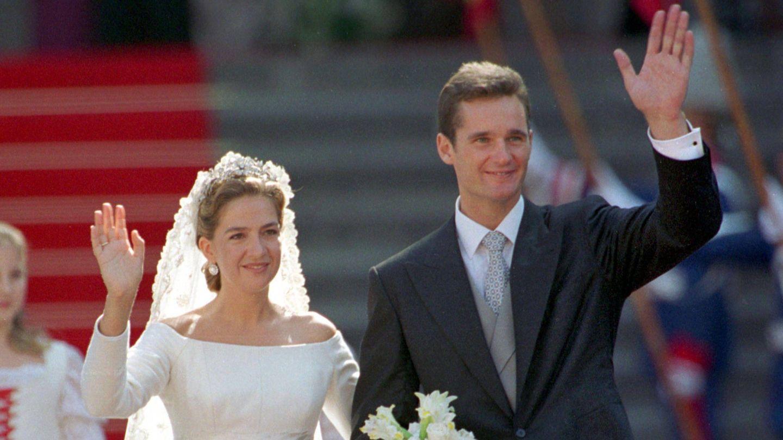 La infanta Cristina e Iñaki Urdangarin, en su boda. (Cordon Press)