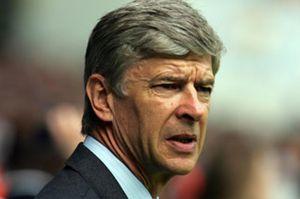 Wenger pide a Florentino demasiado y por mucho tiempo
