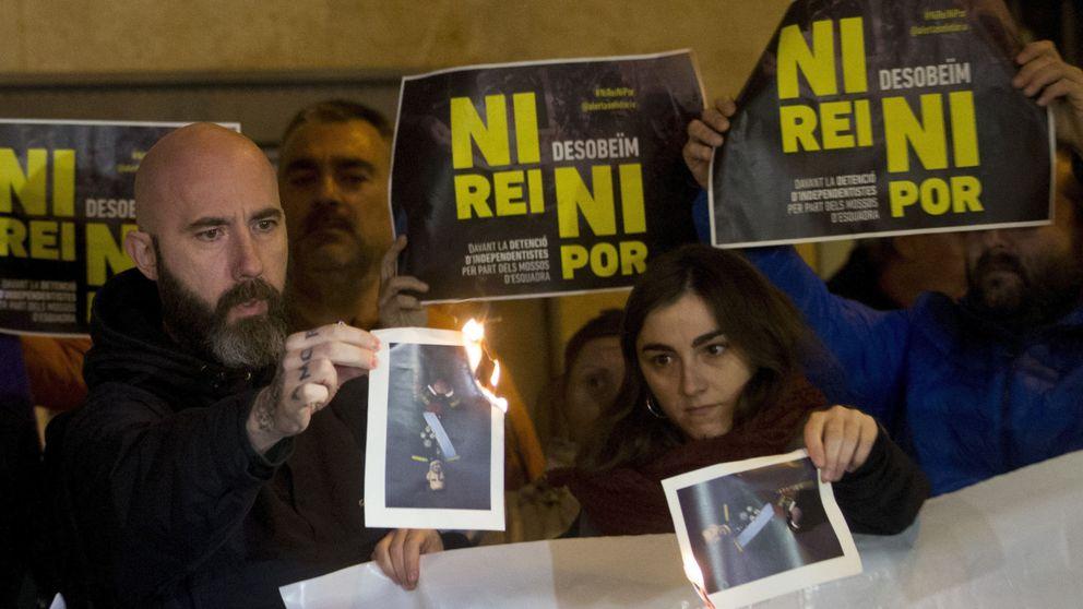 PP, PSOE y C's se unen para que las injurias al Rey sigan siendo un delito