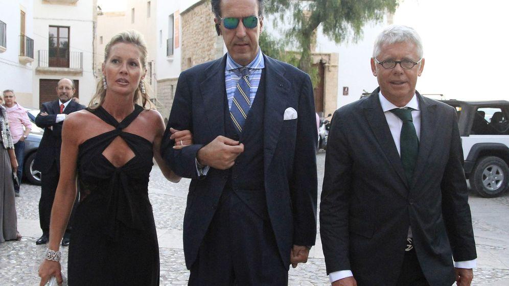 Foto: Marichalar con el matrimonio Rabat, en una imagen de archivo (Gtres)