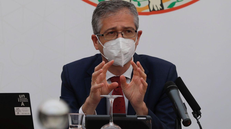 El BdE pide prudencia con el SMI: incide en los colectivos más afectados por la crisis